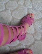 rozowe gladiatorki