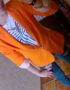 orange vs green...