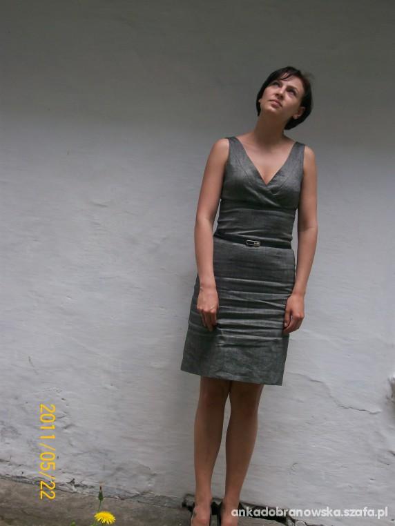 Do pracy sukienka z Zary