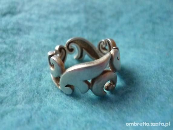 obrączka ornament z matowionego srebra