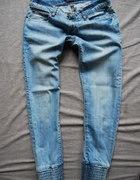 spodnie z ściągaczami