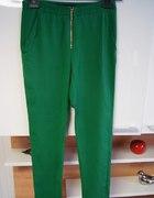zielone spodnie ZARA