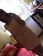 pudrowa sukieneczka