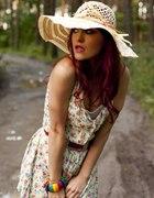 sukieneczka kapelusz