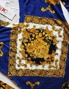 bluzeczka Versace...
