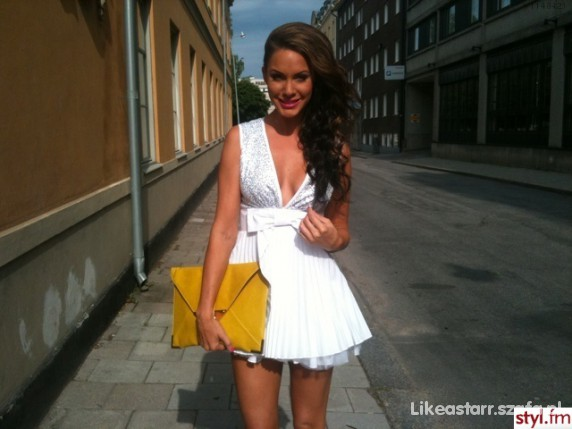 Eleganckie sukienusia