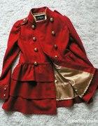 Militarny płaszcz retro z falbanką
