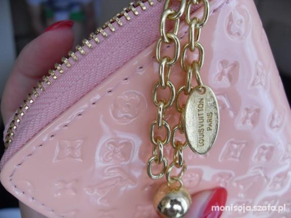 ef778545ef6ea pudrowy portfel louis vuitton lakier mmmm w Portfele - Szafa.pl