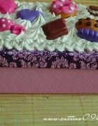 Pudełko ozdobne ze słodkościami fimo