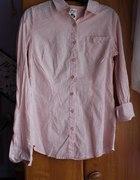 lekko różowa koszula
