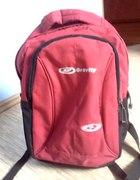 pojemny plecak czerwony GRAVITY stan idealny