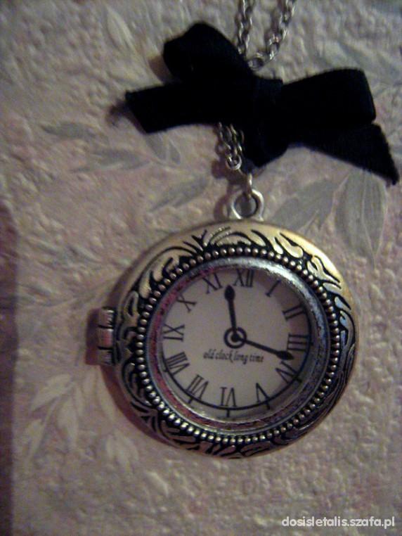 otwierany retro zegarek