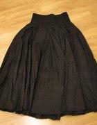 Czarna spódnica do kostek C&A...
