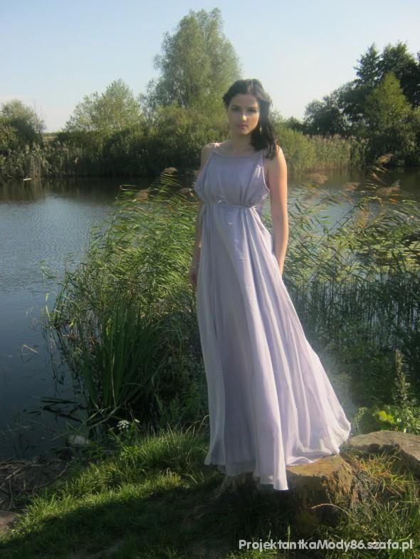 Imprezowe długa liliowa suknia