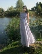 długa liliowa suknia
