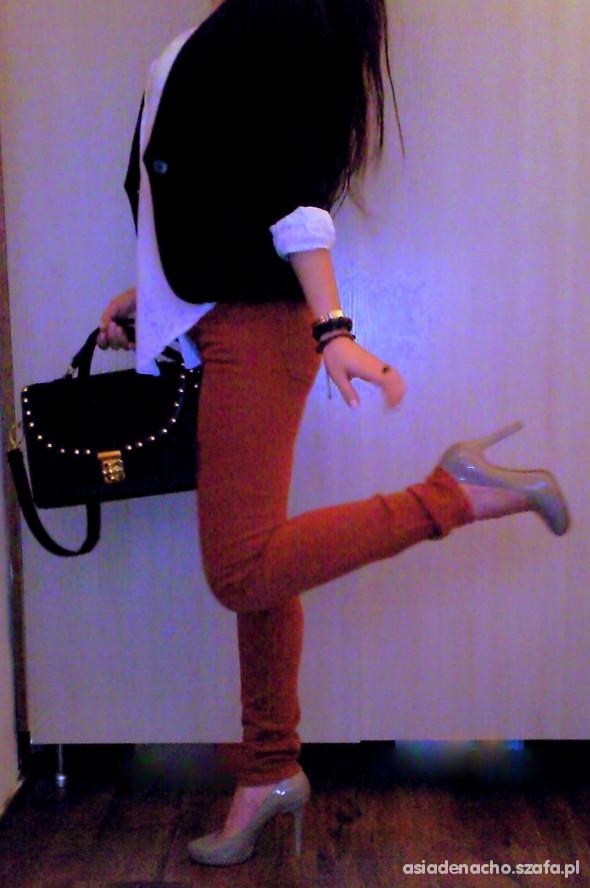 Mój styl pomidorowe spodnie