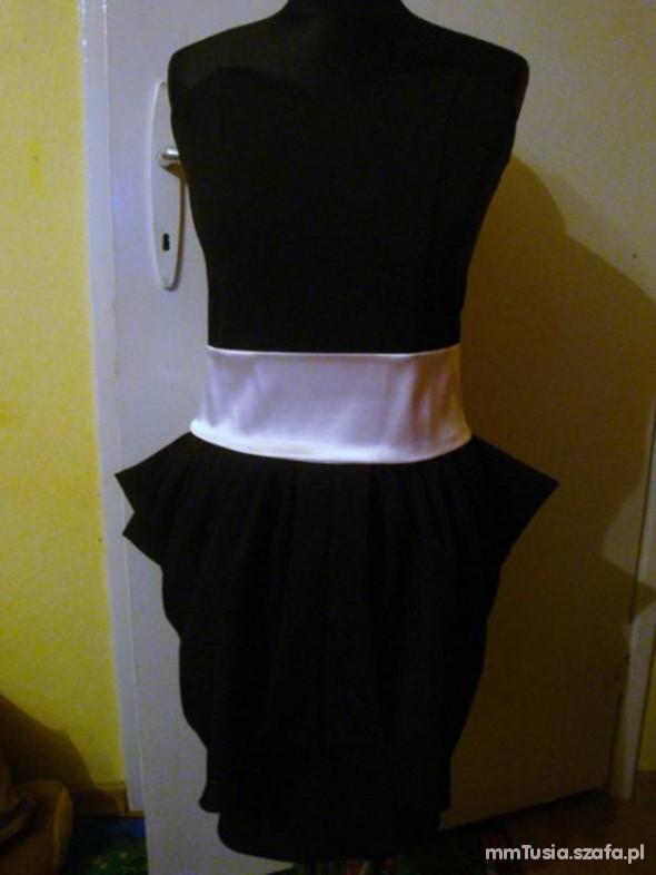 Suknie i sukienki czarny tulipan