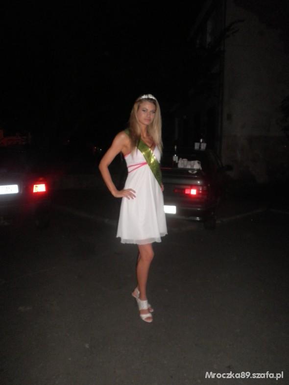 Na specjalne okazje Sukienka Mgiełka