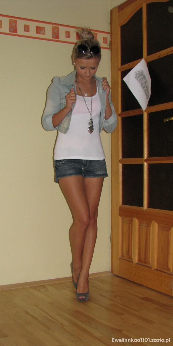 Imprezowe jeansowo