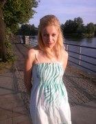 biało zielona letnia sukienka Cropp Town