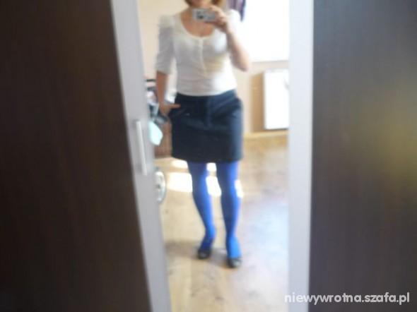 Eleganckie Niebiesko