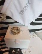 Pierścionek DKNY