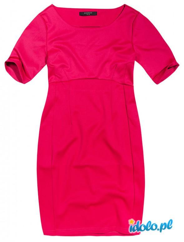 Sukienka Reserved prosta klasyka