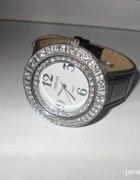 Czarny klasyczny zegarek
