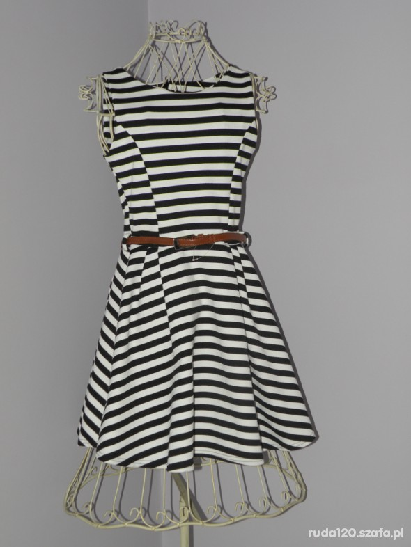 Suknie i sukienki modna sukienka w paski
