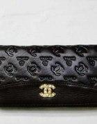 Chanel Lv Śliczne lakierowane portfeliki...