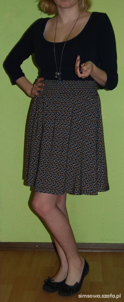 Do szkoły Wiosenna sukienka H&M