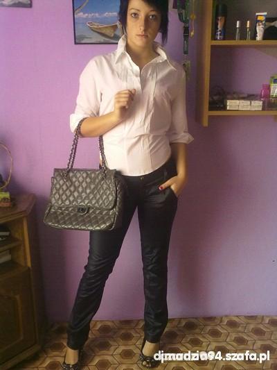 Eleganckie Biała koszula
