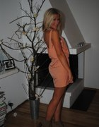 sukienka brzoskwiniowa