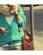 sweter miętowy
