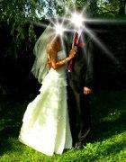 Romantycznie i z klasą na ślubnym kobiercu