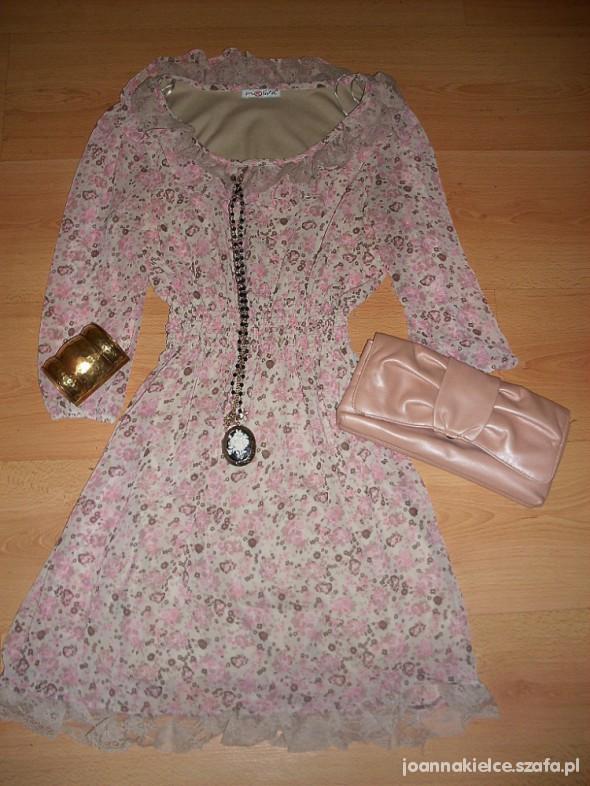 Eleganckie Pudrowa sukieneczka