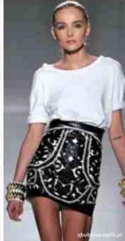 black&white mini skirt
