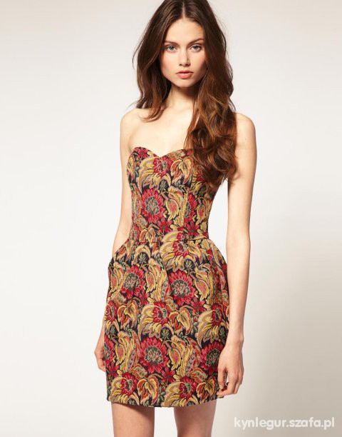 Ubrania Gobelinowa sukienka
