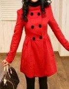 Czerwony płaszczyk japan style kaptur