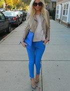 LADY in bluee