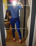 niebiesko...