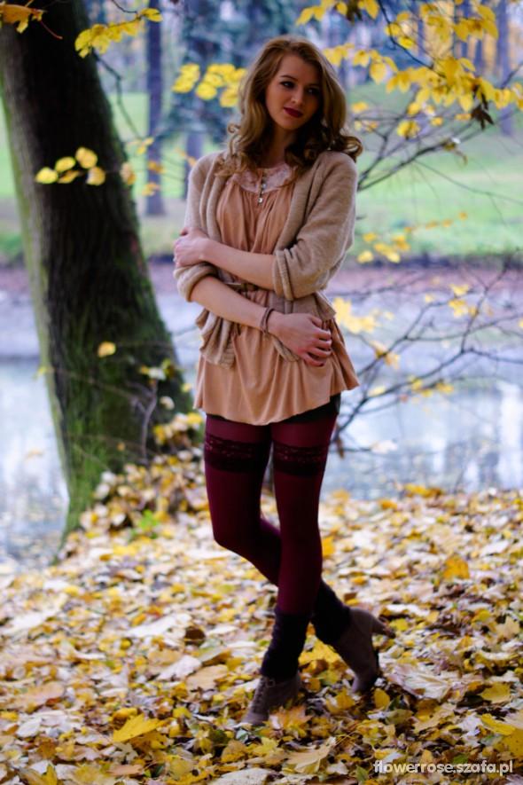 Romantyczne jesienna stylizacja