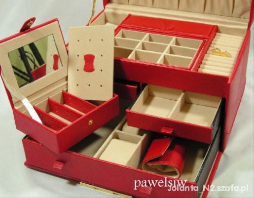 szkatułka kuferek na biżuterię...