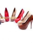 Poszukuję butów na platformie