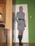 Wełniana sukienka golf