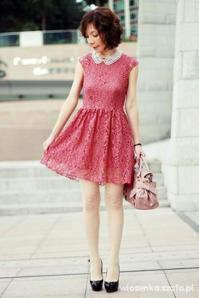 Eleganckie Koralowa sukienka