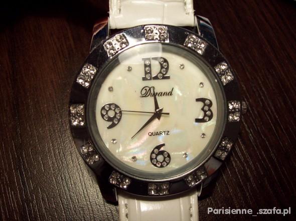 Zegarek tzw cebula na białym pasku