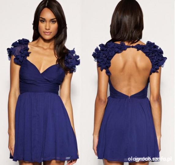 Sukienka Pilnie szukam