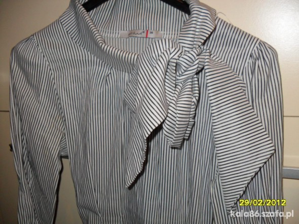 Koszula z wstążką