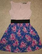 Sukienka kwiatki z zipem
